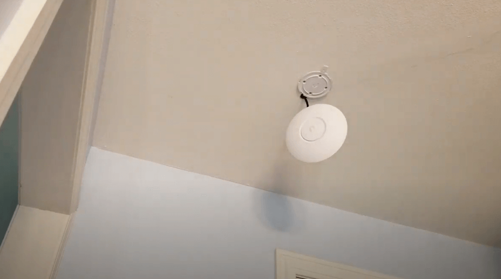 Ceiling Mounted wifi Extender